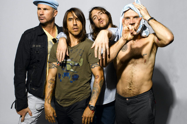 ca. May 2006 --- Red Hot Chili Peppers --- Image by © Mary Ellen Matthews/Corbis Outline
